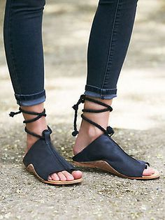 Why do i love these so much?? WANT - casual bohemian wardrobe essentials