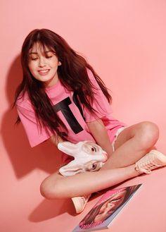 Somi for OhBoy! South Korean Girls, Korean Girl Groups, Korean Photoshoot, Kim Chungha, Jeon Somi, Beautiful Girl Image, K Idols, Korean Singer, Pretty People