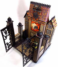 The Gentleman Crafter~Halloween Haunted House with Mini Album Graphic 45, Halloween Projects, Holidays Halloween, Halloween Crafts, 3d Projects, Halloween Village, Halloween Haunted Houses, 3d Paper Crafts, Paper Art