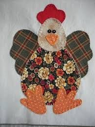 ARTESANATO FOFO: PATCH APLIQUÊ EM PANO DE COPA Applique Patterns, Applique Quilts, Applique Designs, Quilt Patterns, Small Sewing Projects, Sewing Crafts, Chicken Quilt, Chicken Pattern, Chicken Crafts