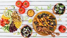 Nejste fandou salátů, protože po nich máte během chvíle zase hlad? Zkuste dnešní vyvážené kombinace auvidíte, že isalát může zasytit azároveň potěšit vaše chuťové pohárky! Quinoa, Cheese, Ethnic Recipes, Fitness, Food, Essen, Meals, Yemek, Eten