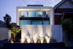 The Oban House by AGUSHI and David Watson Architect in South Yarra, Australia is a contemporary two-story home. Architecture Art Design, Residential Architecture, Amazing Architecture, Contemporary Architecture, Modern Exterior, Interior Exterior, Victoria Terrace, Best Architects, Modern House Design