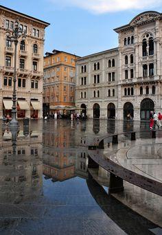 Piazza dell'Unita d'Italia, Trieste, Friuli Venezia Giulia, Italy