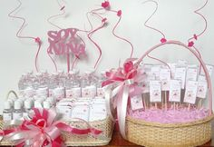 canasta bienvenida hospital - Buscar con Google Baby Shower Party Favors, Baby Shower Parties, Baby Shower Decorations, Canasta Para Baby Shower, Baby Delivery, Welcome Baby Girls, Hospital Gifts, Chocolate Bouquet, Baby Arrival