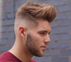 2017 men hipster hairstyles are cool thing now! Hipster hairstyles involve different styles, especially retro hairstyles that are seasoned with modern twists. If you want to become a hipster guy th… Hipster Bart, Pelo Hipster, Hipster Haircuts For Men, Hipster Hairstyles, Quiff Hairstyles, Cool Hairstyles, Men's Haircuts, Hairstyle Men, Hairdos