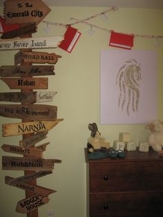 love the sign...something like this is definitely going in our nursery!!