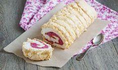 Pavlova roláda s malinovým pyré Cake Roll Recipes, Snack Recipes, Snacks, Meringue Pavlova, Czech Recipes, Rolls Recipe, Sweet Desserts, Carrot Cake, Cheesecake