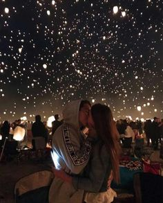 How to take the cutest couple photos, all the couple goals, so romantic, beautiful boy and girl, cuddling and kissing - Today Pin Cute Couples Photos, Cute Couple Pictures, Cute Couples Goals, Romantic Couples, Couple Photos, Pictures Of Love, Summer Love Couples, Love Pics, Romantic Couple Tumblr