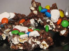 Big Bear's Wife {Recipes that are Angie Tested and BigBear Approved!}: Chocolate Candy PopCorn