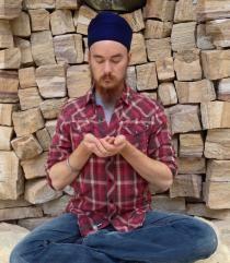 When you need to balance the flashing negativity and protective fervor of the Negative Mind, use this meditation. Kundalini Meditation, Mindfulness Meditation, Yoga Sequences, Yoga Poses, Chakra Mantra, Reiki Classes, Yoga Themes, Pranayama, Yoga Videos