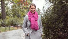 7 způsobů, jak si uvázat oblíbenou šálu Deep Winter, Turtle Neck, Sweaters, Fashion, Moda, Fashion Styles, Sweater, Fashion Illustrations, Sweatshirts