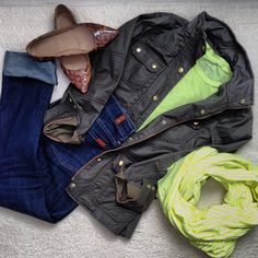 j.crew (shoes, jacket, tee), gap (infinity scarf), 7fam 7 for all mankind (denim) (Instagram @jacquelyn_grace_)