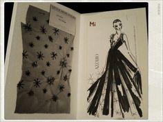 Azzaro Fashion Show Fall-Winter 2012/2013                                      Tra le pagine, gli appunti creativi che hanno fatto da sfondo alla collezione. Ogni pagina un tributo allo storico della maison.