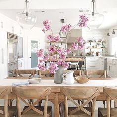 Do you see how some pink flowers can just make a room?