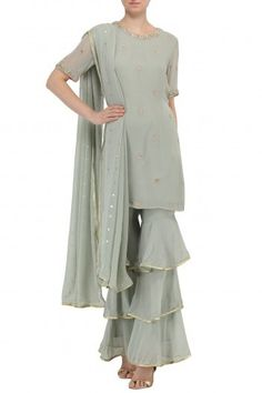 Chhavi Aggarwal presents Sage green layered sharara with embroidered kurta and dupatta available only at Pernia's Pop Up Shop. Gharara Designs, Salwar Designs, Blouse Designs, Dress Designs, Pakistani Dresses, Indian Dresses, Indian Outfits, Pakistani Suits, Indian Clothes