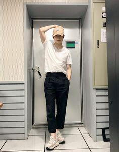 Daily Fashion, Boy Fashion, Korean Fashion, Fashion Outfits, Fasion, Jaehyun Nct, Nct 127, Boy Outfits, Casual Outfits