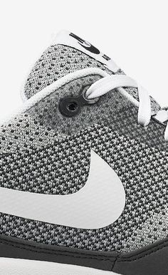 /// CMF we like / Softgoods / Closeup / Black and White / Nike / at The Well Look Fashion, Fashion Shoes, Mens Fashion, Nike Outfits, Reebok, Motifs Textiles, Casual Fashion Trends, Black And White Nikes, Sneak Attack