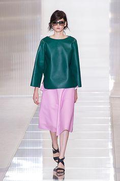 マルニ(MARNI) 2013年春夏ウィメンズコレクション - 軽やかなボリュームで表情豊かに | ニュース - ファッションプレス