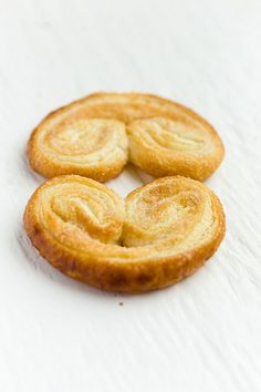 A great tutorial on puff pastry with lots of helpful hints. And, how to make these amazing little cutie cookies. Cinnamon, Sugar and Puff Pastry. World Peace.