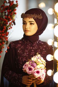 Jli Kurdi, Muslimah Wedding, Quinceanera Photography, Bridal Hijab, Cute Boys Images, Hijab Dress, Bridal Jewelry Sets, Weeding, Hijab Fashion