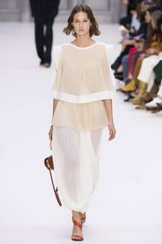 Chloé Spring/Summer 2017 Ready-To-Wear Collection