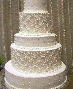 whipped cream wedding cakes.... cause we ALL know how nasty normal wedding cakes taste