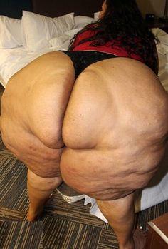 naked fat woman ass