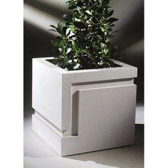Cast Stone Garden Ornaments and Architectural Building Materials Cement Art, Concrete Art, Concrete Design, Polished Concrete, Concrete Molds, Concrete Crafts, Concrete Projects, Diy Cement Planters, Stone Planters