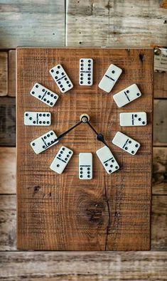 Wood clocks Wall clock design Wood crafts Home decor Diy clock Diy home decor 60 DIY Unique Wall Clock Designs Ideas - Kids Clocks - Ideas of Kids Clocks Diy Para A Casa, Diy Casa, Diy Home Crafts, Wood Crafts, Diy Home Decor, Homemade Crafts, Garden Crafts, Homemade Home Decor, Diy Garden