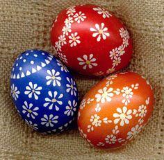 Happy Easter, Easter Bunny, Polish Easter, Egg Shell Art, Easter Egg Designs, Diy Ostern, Ukrainian Easter Eggs, Egg Art, Egg Decorating