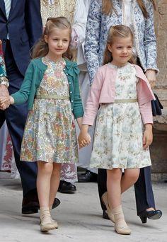 spanishroyals:  Seven generations of Royal Sisters→Infantas Leonor and Sofia