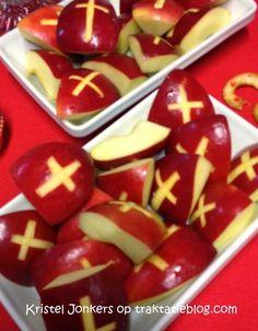 Sinterklaas mijters traktatie   Kindertraktaties: gezond trakteren