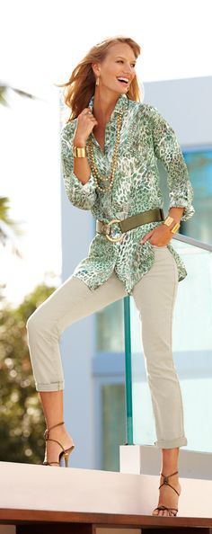 A new breed of chic: Animal Mix Cristina Top. Blusa larga con cincho ancho y pantalón #DestinationFabulous #travel #spring #chicos