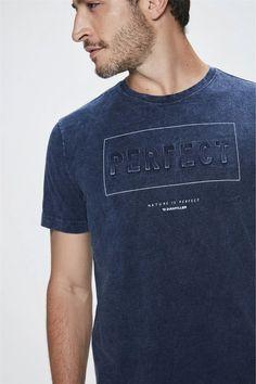 Camiseta-com-Estampa-Perfect-Masculina-Detalhe-- T Shirt, Men's, Block Prints