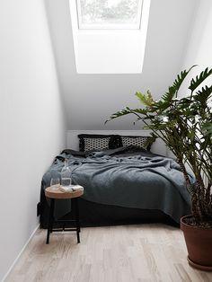 Scandinavian bedroom nook | Christopher Johnsson via Elle Decoration