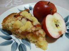 Kaikkien kehuma omenapiirakka – Apple pie, recipe in Finnish C = F) Apple Pie Recipes, Sweet Recipes, Baking Recipes, Baking Ideas, Finnish Cuisine, I Love Food, Good Food, Fun Food, Finnish Recipes