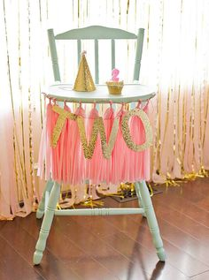 pink and gold party | Pink and Gold Themed Birthday Party | Mom