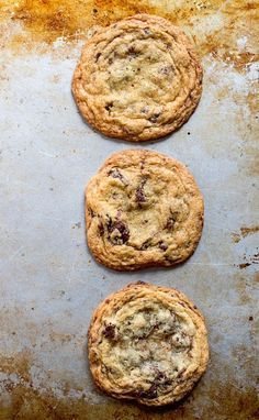 Best Gluten-Free Chocolate Chip Cookies | soft & chewy in the middle, with crisp buttery edges.