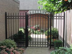 Steel Gate Design, Fence Design, Wrought Iron Gate Designs, Grill Gate, Garden Gates And Fencing, Metal Gates, Grades, Aluminum Fence, Front Yard Fence