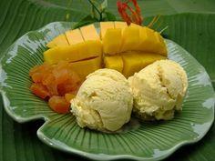 PANTIP.COM : D10389178 ไอศกรีมมะม่วงน้ำดอกไม้ ไม่ต้องใช้เครื่องปั่น ทำเองก็ได้....ง่ายจัง.... [Bakery & Ice Cream]