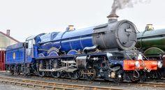 king class locomotive looking fine in blue livery. Steam Trains Uk, Old Steam Train, Locomotive Diesel, Steam Locomotive, Train Car, Train Tracks, Heritage Train, Steam Railway, Electric Train