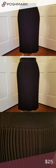 """Zara Knit Skirt This knife pleats skirt is great for work or travel. It folds up easily and the pleats stay in. It has an elasticized waist and straight cut hem. From the top of the waistband it is just over 27"""" long. Zara Skirts Midi"""