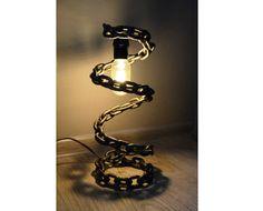 Tavolo / lampada da tavolo saldati catena di WeldByBAStin su Etsy