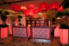 16 Eye-Catching Bar Designs for Events