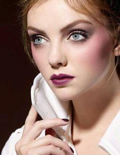 How To Wear Purple Lipstick