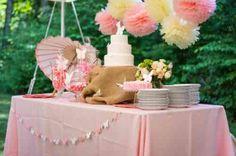 décoration de table pour anniversaire d'été en rose