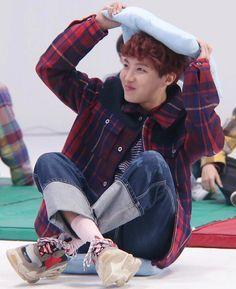 hobi is the cutest babyboy :( Gwangju, Jimin, Mixtape, Bts Jung Hoseok, Seokjin, K Pop, Taehyung, Rapper, Bts Love