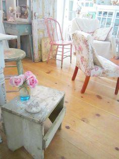 Chippy farmhouse stool vintage  shabby chic prairie cottage by Vintagewhitecottage on Etsy