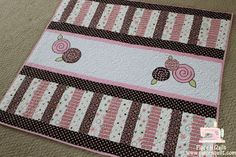 Little girls' quilt - love this very simple design. I have a couple of little girls in my world who would love this. :) or applique a truck for boys
