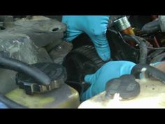 How To Fix Engine Oil Leaks - http://www.thehowto.info/how-to-fix-engine-oil-leaks/